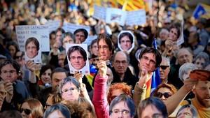 La Generalitat demana gairebé quatre anys de presó pels disturbis del dia de la investidura fallida de Puigdemont