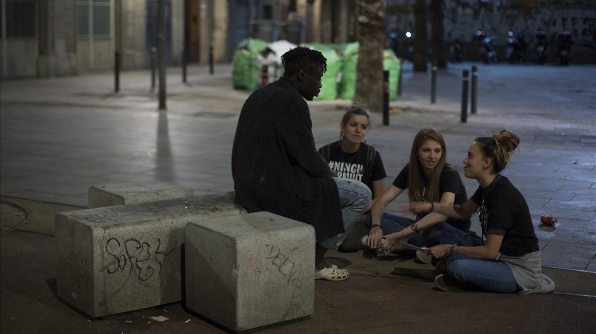 Arrels reclama prioritzar els espais de baixa exigència per a persones sense llar