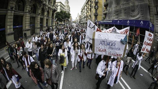 zentauroepp46072785 barcelona 29 11 2018 huelga de m dicos profesores estudi181129223047