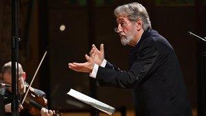 Jordi Savall dirige el oratorio de Navidadde Bach en el Palau de la Música.