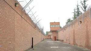 Els funcionaris troben mort un pres a la presó de Lleida