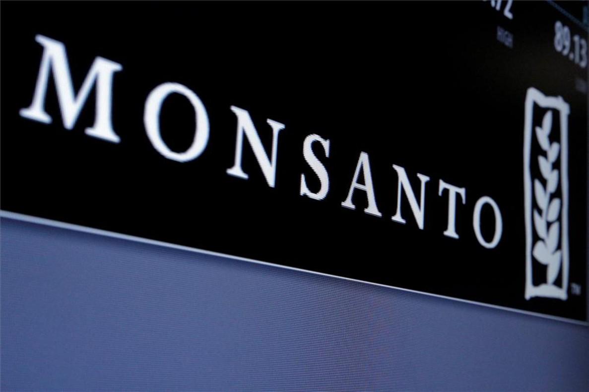 Logotipo de Monsanto en la Bolsa de Nueva York.
