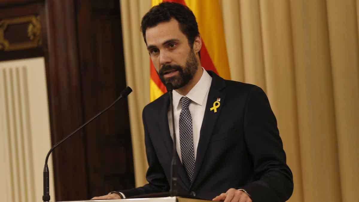 Torrent pide reunirse con Rajoy y propone a Puigdemont como candidato a la presidencia.