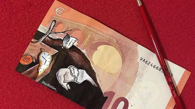 Los icónicos relojes derretidos de Dalí, ,en un billete de 10 euros