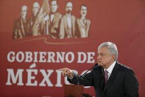 El presidente de MexicoAndres Manuel Lopez Obradorofrece una rueda de prensa en el Palacio Nacionalen Ciudad de Mexico.EFE Jose Mendez