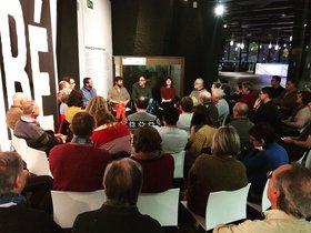 Una sesión del Club dels Llunàtics i les Llunàtiques en el Museu de Ciències Naturals de Barcelona.