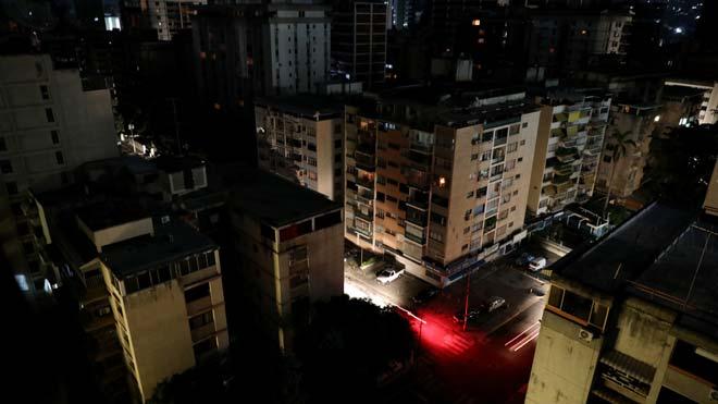 Una nova apagada deixa a les fosques gran part de Veneçuela
