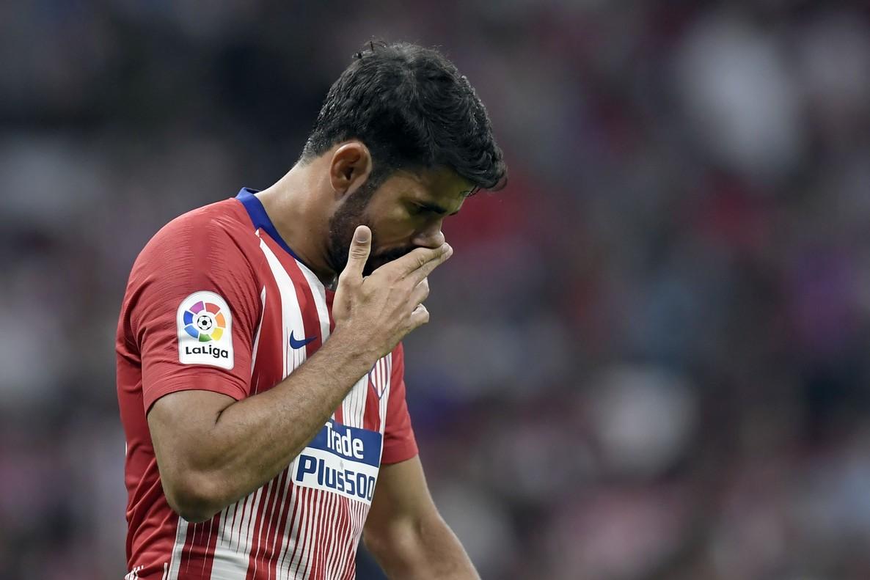 Diego Costa se lamenta tras fallar una ocasión ante el Rayo.