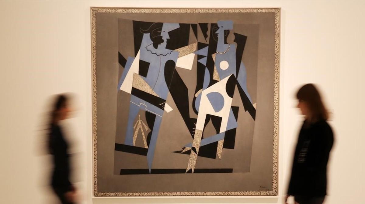 Arlequín y mujer con collar (1917) de Pablo Picasso, una de las obras maestras de Cubismo y guerra.