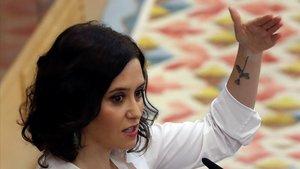 La candidata del PP a la Comunidad,Isabel Diaz Ayuso,en su réplica a Podemos.