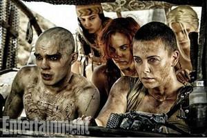 Charlize Theron, más fiera que nunca, en la nueva entrega de Mad Max.
