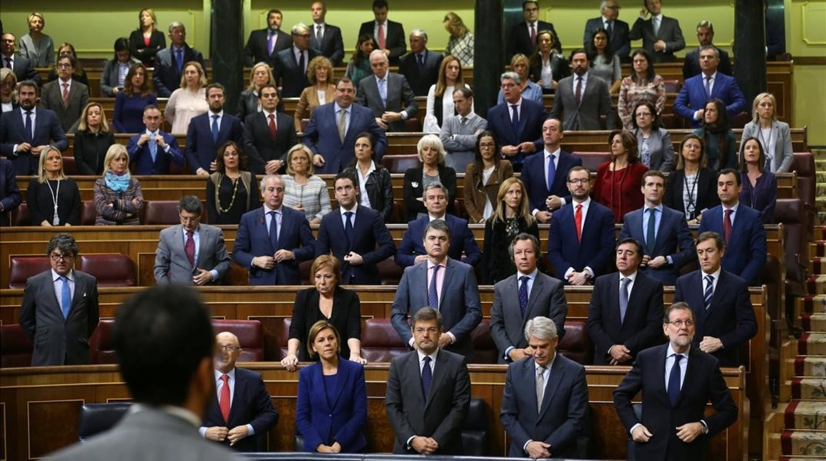El Congreso de los Diputados ha guardado un minuto de silencio en homenaje a Rita Barberá, fallecida este miércoles en Madrid
