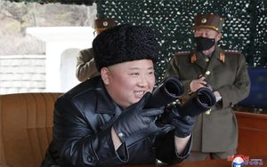 Corea de Nord llança tres projectils en una nova prova balística