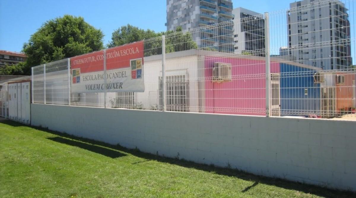 La escuela Paco Candel de L'Hospitalet se ubica actualmente en barracones provisionales