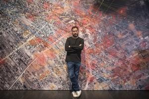 El director de la exposiciónForensic Architecture, Eyal Weizman, en el MACBA.