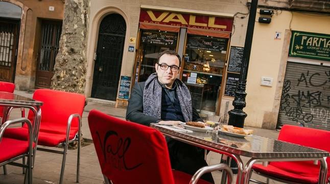 SERGI BELBELEn el Bar Vall (Rovira i Trias, 3)