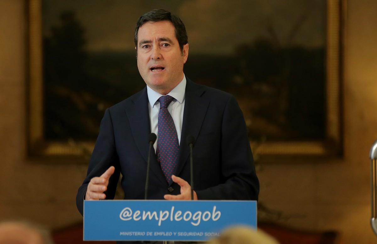 El presidente de Cepyme y vicepresidente de la CEOE,Antonio Garamendi, en una rueda de prensa.