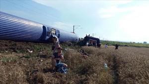 Imagen del tren accidentado en Turquía.