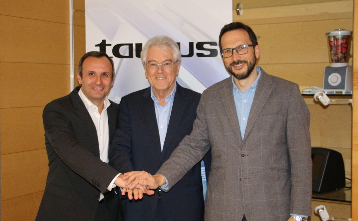 Joan Basagaña, Ramón Termens y Raúl Ubric, de Grupo Taurus.