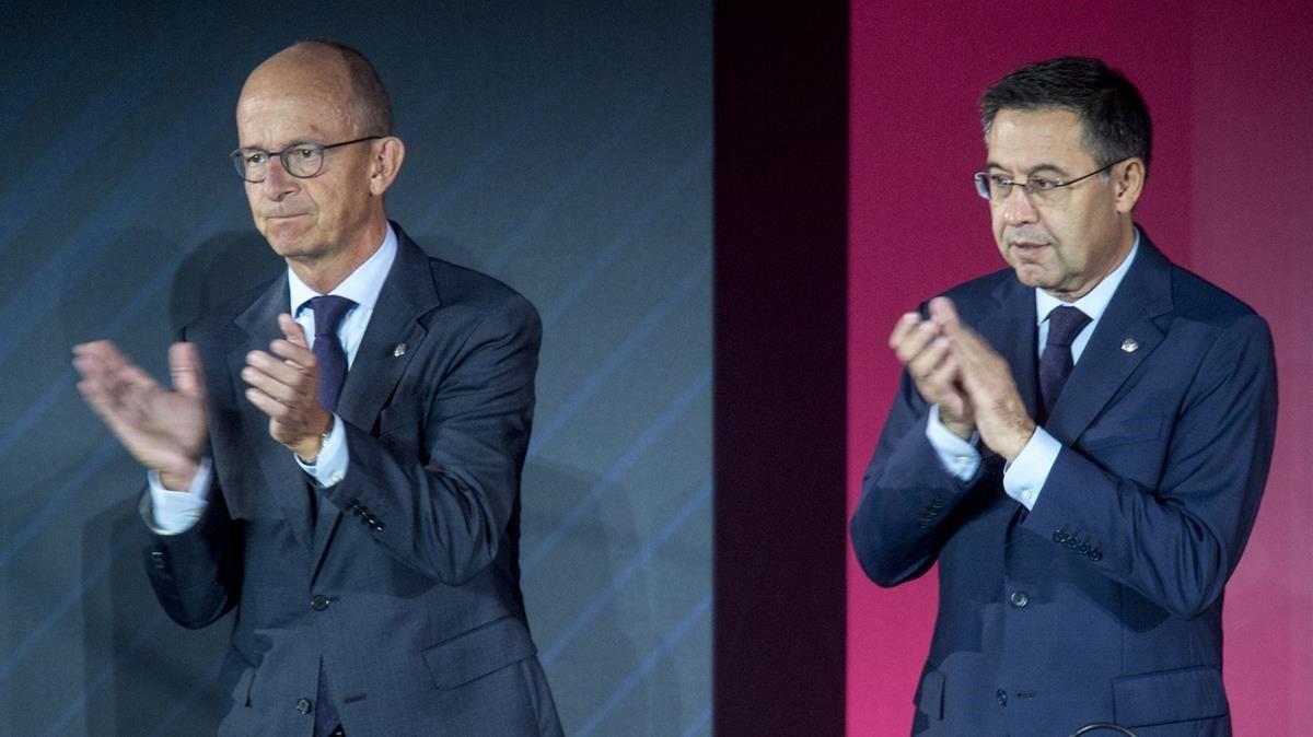 Jordi Cardoner al lado de Josep Maria Bartomeu en la última asamblea del FC Barcelona.