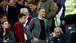 Luis Enrique, en el palco del Camp Nou, antes del último clásico de Liga.
