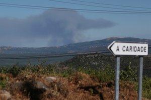 Hubo otros dos incendios forestales en los términos municipales de Verín y Viana do Bolo, ambos también en la provincia de Ourense.