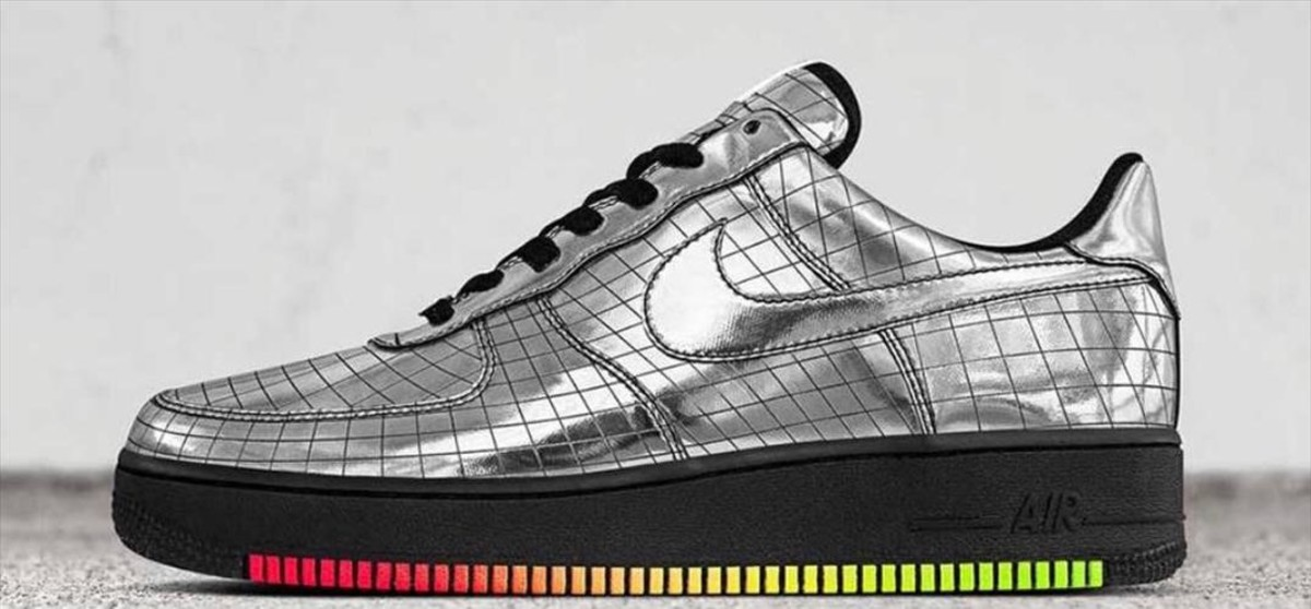 Nike crea unas deportivas exclusivas para Elton John