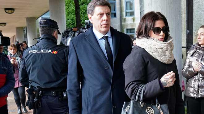 El padre y la hermana de Diana Quer llegan al juicio por el asesinato de la joven.