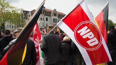 Alemania aprueba retirar la financiación pública a los neonazis