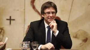 El president Puigdemont, en la reunión del Govern.