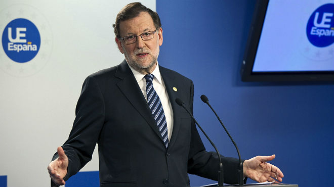 Rajoy eludeix una pregunta en anglès dun periodista de la BBC.