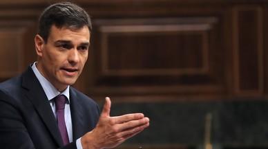 De las gafas a las manos: la nueva imagen política de Sánchez