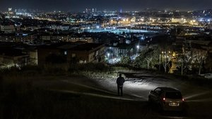 Vista nocturna de Santa Coloma de Gramenet desde el barrio de Singuerlín.