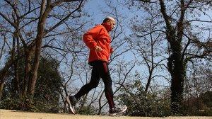 Un deportista de 74 haciendoejercicio, en una imagen de archivo