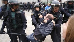 Intervención de la Guardia Civil el 1-O.
