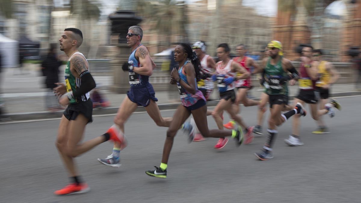 Participantes en una maratón en Barcelona.