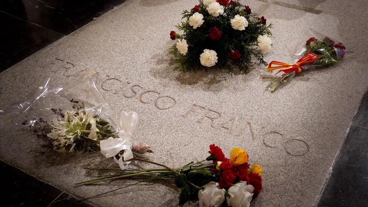 El Govern aprovarà divendres l'exhumació de Franco i dona un termini de 15 dies a la família