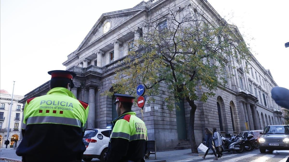Interior mantindrà l'alerta terrorista fins al dia 6 a Barcelona