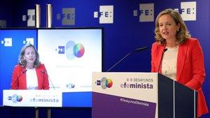Calviño, convencida de que España crecerá el 2% en el 2020