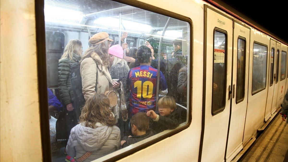 «Vaig consolar una noia al metro i la gent em va increpar perquè pensava que jo l'havia fet plorar»