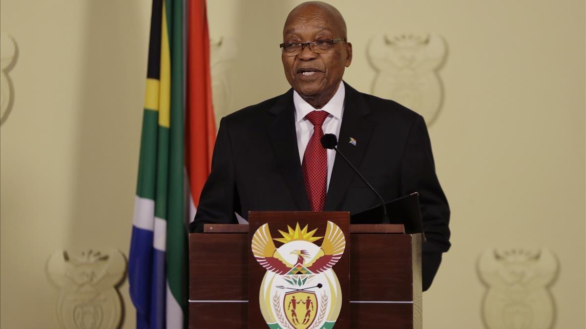 Zuma se dirige al país en una alocución desde la sede gubernamental, en Pretoria, el 14 de febrero.