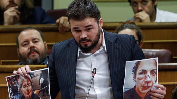 Gabriel Rufián ha preguntat al Govern si està disposat a asseures en una taula i acceptar la mediació per resoldre la crisi