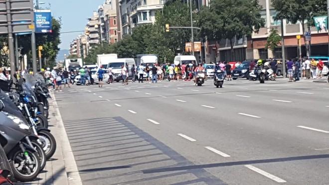 Protesta en la calle de Aragó de Barcelona