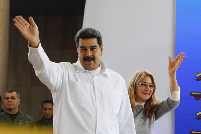 EEUU impone sanciones en contra de Nicolás Maduro y todo su círculo cercano
