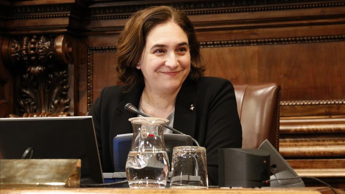 La alcaldesa Ada Colau, en el inicio del pleno del pasado 2 de febrero.