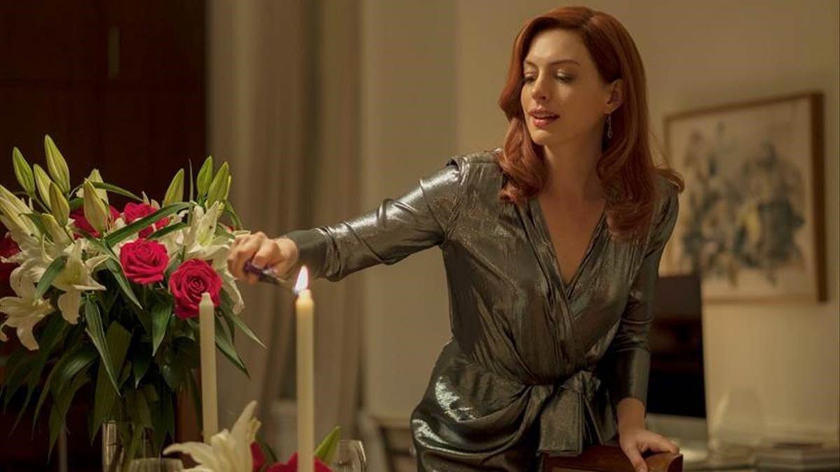 Anne Hathaway, una de las estrellas de 'Modern Love', la nueva serie de Amazon Prime.