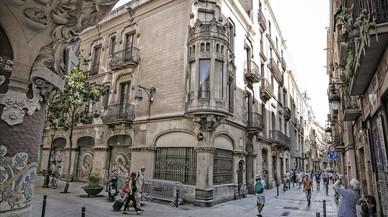 Los vecinos exigen a Colau que ejecute el veto al hotel del Palau de la Música