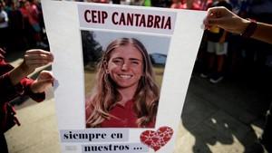 Concentración en la localidad cántabra de Puente de San Miguel por la trágica muerte de Celia Barquin.