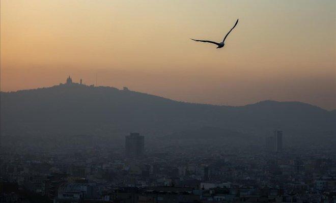 Contaminación atmosférica en Barcelona.