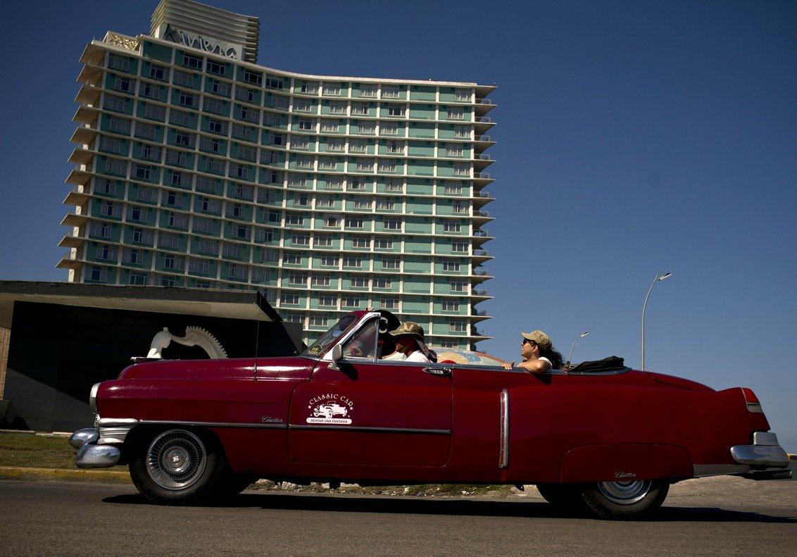 Estados Unidos agregó a su lista negra a hoteles y negocios turísticos.